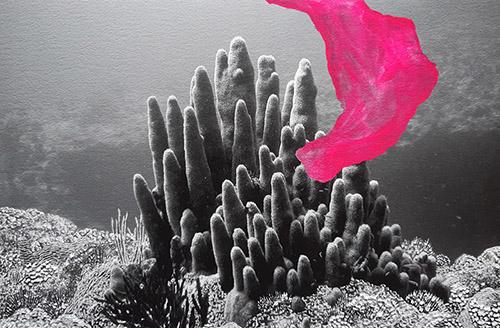 Raphaëlle Peria, Les voleurs de couleurs #8, 2020. Peinture sur photographie, 24 x 32 cm. Courtesy de l'artiste et Galerie Papillon.