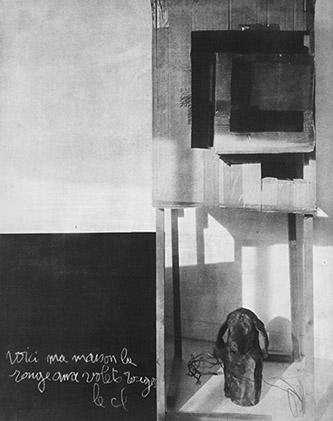Laurent Millet, sans titre #15, série Un architecte comme les autres, 2020. Edition 1/3 (+2EA), 50 x 40 cm, gomme bichromatée, encadrement en aluminium et bois plaqué, verre antireflet, courtesy Galerie Binome.