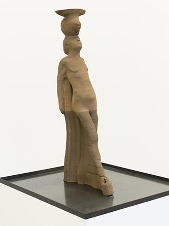 Antoine Renard, Impressions, après Degas (#025), 2020. Impression 3D de céramique, fragrance (animalis 01745-03, sapin de sibérie), caissette métallique, 68,5 x 32 x 14 cm. Crédit photo : Bertrand Huet / Tutti image. Courtesy de l'artiste et de la Galerie Nathalie Obadia Paris / Bruxelles.