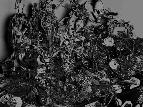 Valérie Belin, Still Life with bowl, 2014. Tirage pigmentaire sur papier Enhanced Epson, 186 x 237,5 x 6 cm encadrée. Edition de 6 + 2 EA. © Valérie Belin. Courtesy de l'artiste et de la Galerie Nathalie Obadia Paris / Bruxelles.