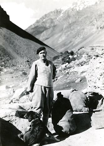 Joseph Hackin, Archives photographiques du MNAAG.