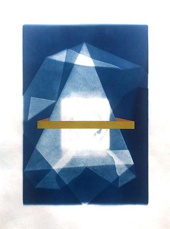 Coraline de Chiara, Adhérence, 2020. Gouache et cyanotype sur papier 20x30cm. Pièce unique. © Coraline de Chiara / Courtesy Galerie Claire Gastaud.