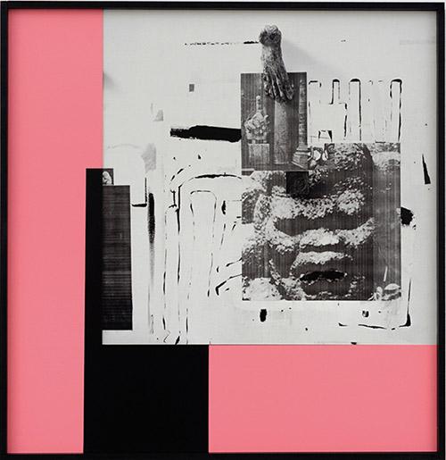 Filip Berendt, Monomyth II G, 2016/2017. Tirage à encres pigmentaires sur dibond, peinture acrylique, MDF, 50×70 cm. Pièce unique. © Filip Berendt / Courtesy l'étrangère.