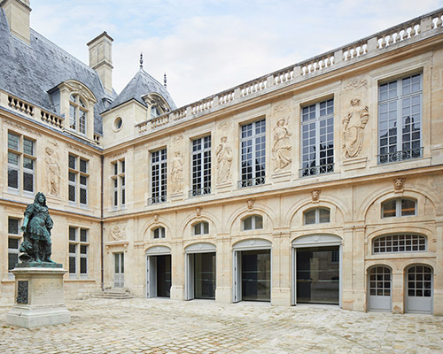 Cour d'honneur, musée Carnavalet - Histoire de Paris. © Antoine Mercusot.