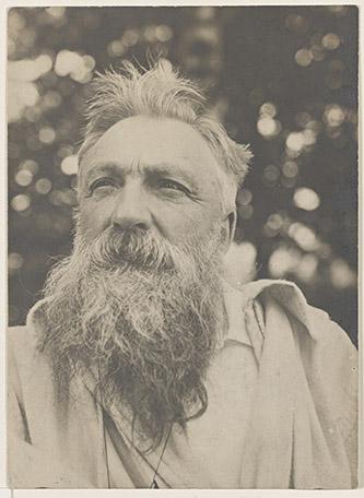 Anonyme Portrait de Rodin, les cheveux ébouriffés, vers 1898 © Musée Rodin.