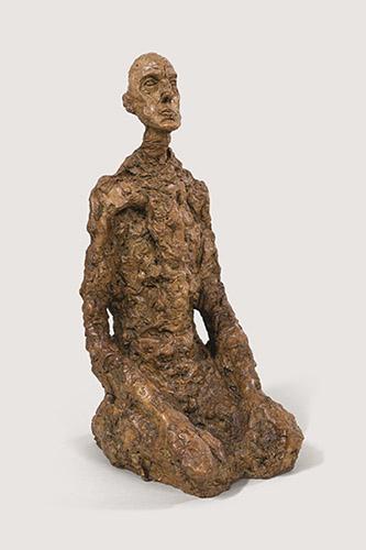 Alberto Giacometti, Buste d'homme assis (Lotar III), 1965. Plâtre peint, 67,1 x 28,1 x 37,6 cm. Fondation Giacometti. © Succession Alberto Giacometti. (Fondation Giacometti + ADAGP, Paris) 2021.