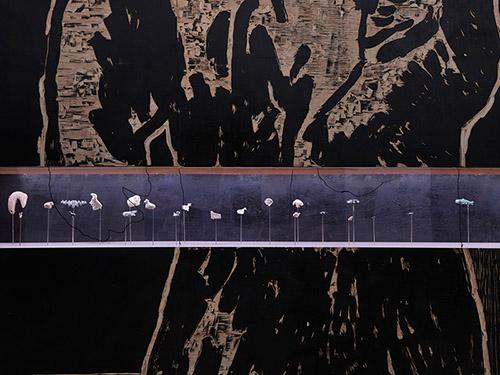 Vue exposition Damien Deroubaix - Collection Asfar 2021. © David Giancatarina – ADAGP.