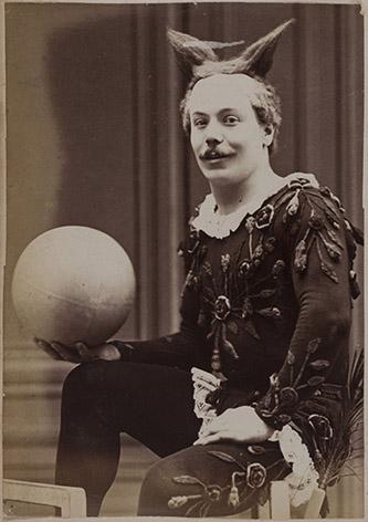 Anonyme, Clown Geronimo Medrano, dit Boum-Boum, (1897-1912). © Bibliothèque historique de la Ville de Paris.