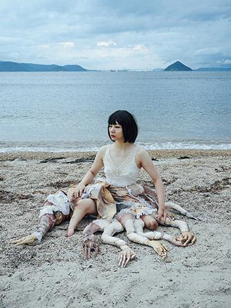 Mari Katayama, Bystander #016, 2016. © Mari Katayama.