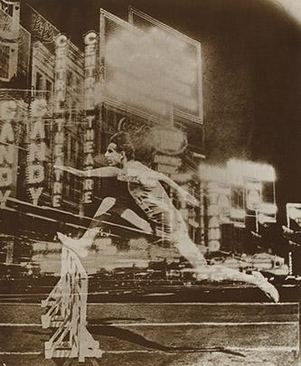 El Lissitzky, Coureur dans la ville (Essai de fresque pour un club sportif), 1926. Épreuve gélatinoargentique, 26,7 x 22,4 cm. The Museum of Modern Art, New York. Collection Thomas Walther. Don de Thomas Walther. © The Museum of Modern Art, New York, 2021, pour l'image numérisée.