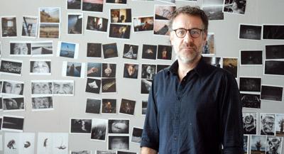 PODCAST -Interview de Olivier Culmann, membre du collectif Tendance Flou, par Anne-Frédérique Fer, à Montreuil, le 28 juillet 2021, durée 24'39. © FranceFineArt.