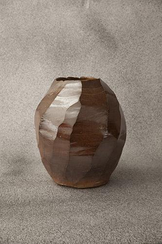 """Gao Zhenyu, de la série """"Le nirvana de l'argile"""", 2018. Zisha et argile mélangé, 55x55x60 cm."""