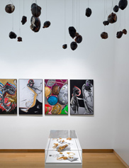 Installation view Pinball Wizard The Work and Life of Jacqueline de Jong, 2019, Stedelijk Museum Amsterdam, du 9 février au 18 août 2019. Photo Gert Jan van Rooij.