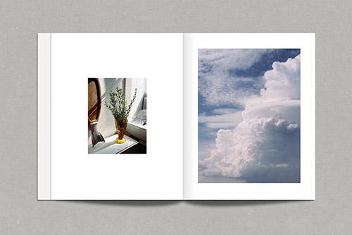 Double page de Oasis de Stéphane Ruchaud aux éditions Rue du bouquet. © Stéphane Ruchaud. © Rue du bouquet 2019.